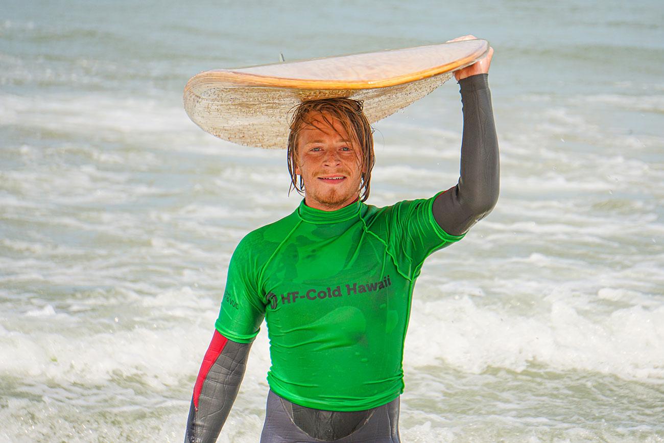 Glas surfer på HF Cold Hawaii i Klitmøller